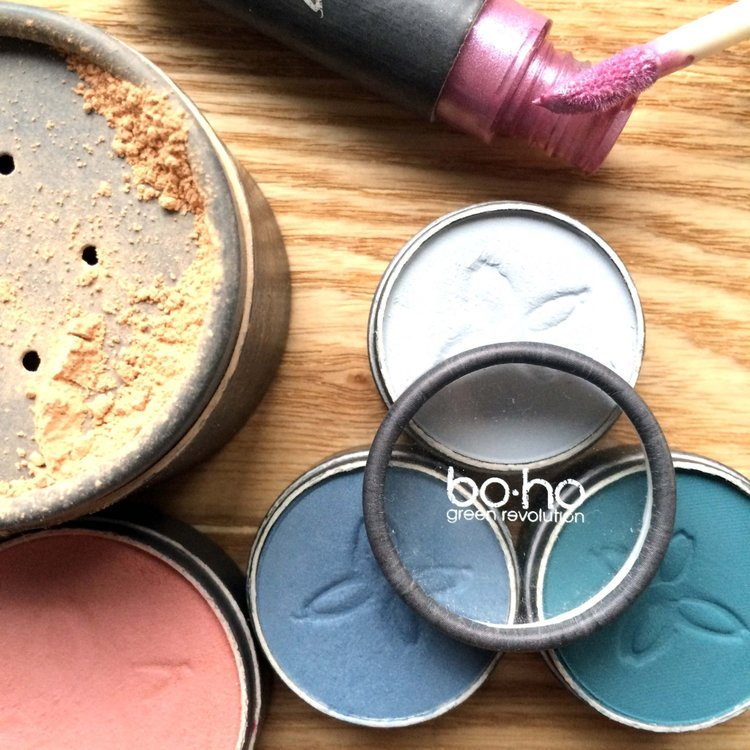 detail-boho-makeup-1024x1024